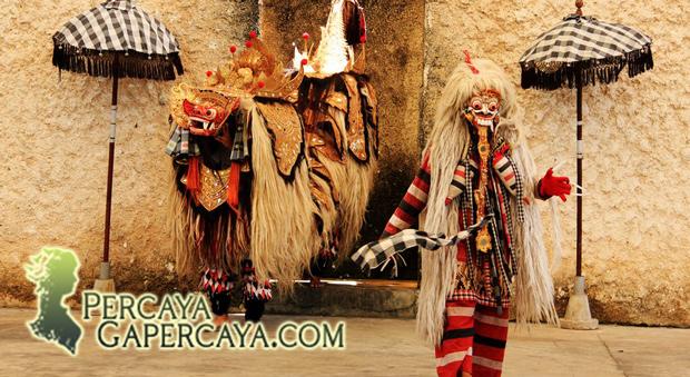 Mengupas Asal-Usul Ratu Setan Rangda dari Bali