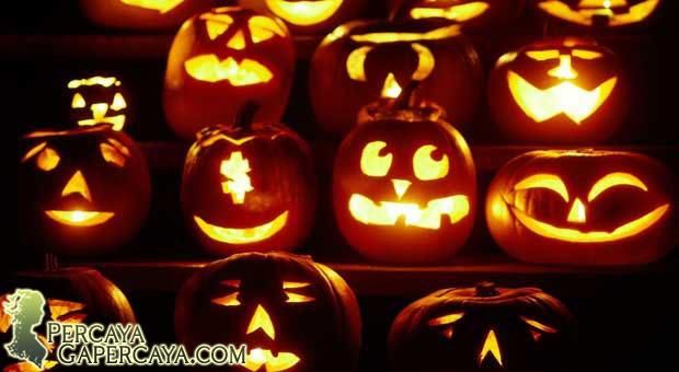 """Sejarah Halloween: """"31 Oktober"""""""